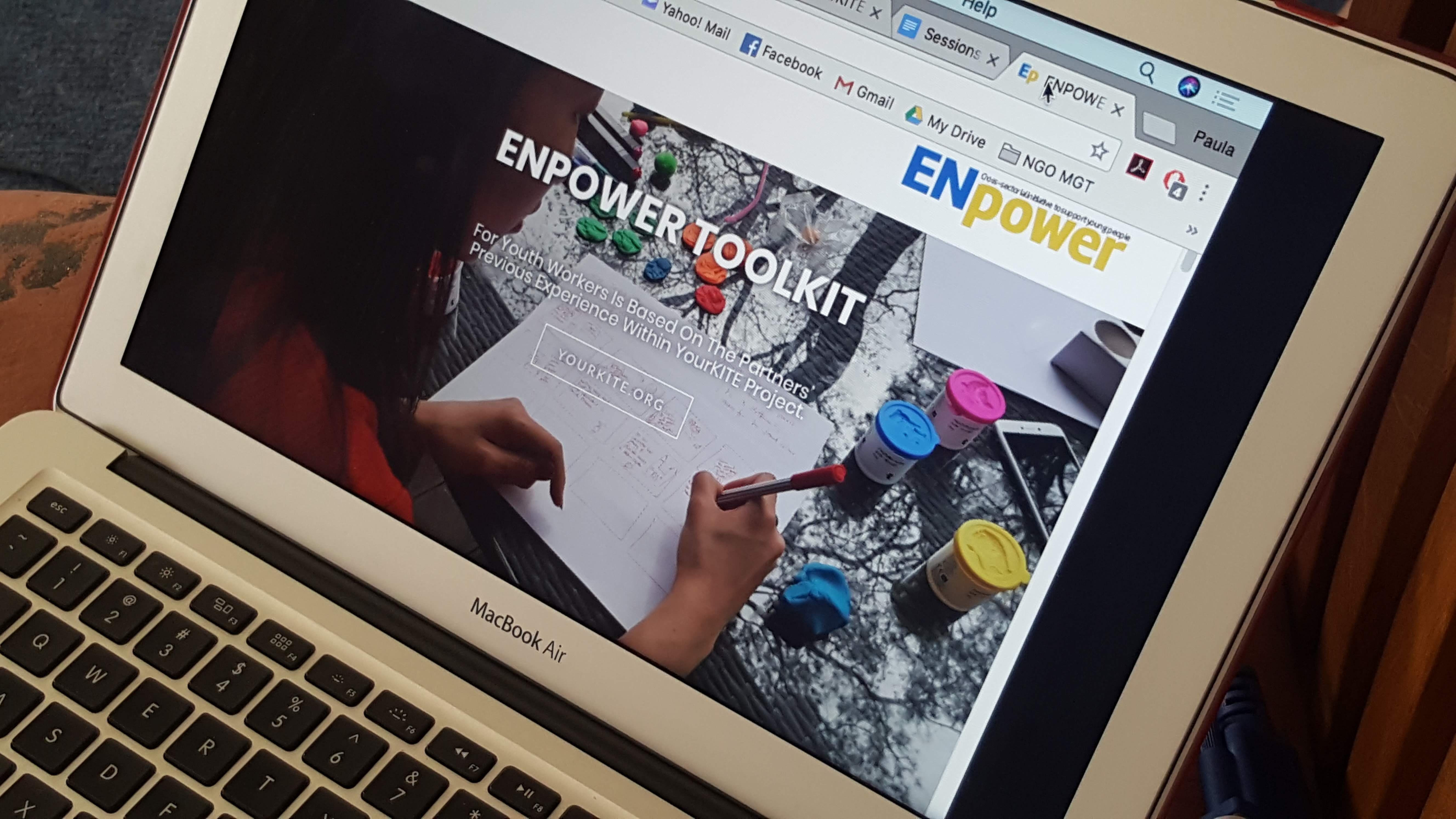 ENpower – entrepreneurship education for young people from Ukraine